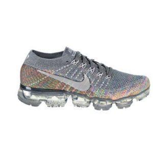 Wmn Nike Air Vapormax Flyknit Running sneakers 8.5
